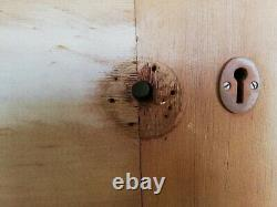 A PINE ARTS AND CRAFTS DOOR WITH GLAZING H2015mm W810mm C. 1910 Ref DB0653