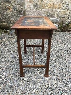 An Arts and Crafts Hall / Side Table / Desk