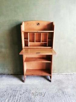 Antique C. 1900 Arts and crafts Oak bureau writing desk