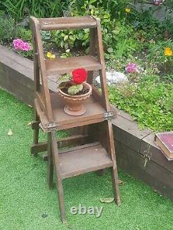 Antique Metermorhic Gothic Chair Church Steps Arts and Crafts Period Vintage