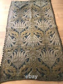 Antique Original Arts and Crafts Woollen Textile 4 Pieces. Att. W Morris