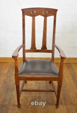 Antique vintage Arts and Crafts carver armchair / desk chair