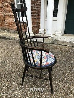 Arts And Crafts Antique Comb Back Windsor Chair