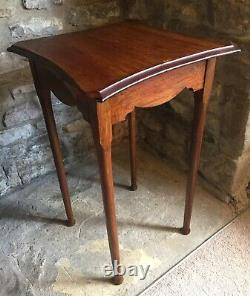 Arts And Crafts Oak Side Lamp Table