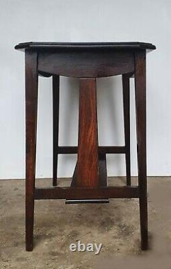 Arts And Crafts Oak Side Table / Writing Table