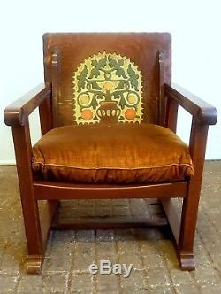 Arts And Crafts Style Metamorphic Monks Chair / Table With Painted Detailing