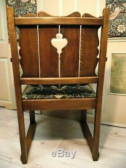 Arts and Crafts Chair Circa 1900 Newly upholstered in William Morris Velvet