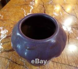 Arts and Crafts Van Briggle Pottery Matte Purple Poppy Seed Pod Vase #21 c1907