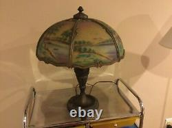 Arts and crafts Pittsburgh reverses painted lamp