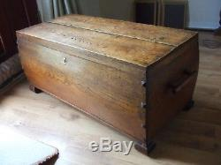 Arts and crafts bowed oak blanket box