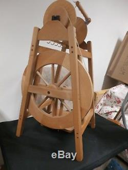 Ashford Country Spinner spinning wheel for chunky and art yarns (unused)