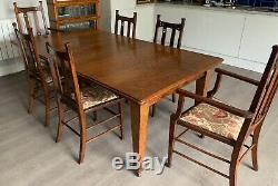 Beautiful Antique Oak Arts & Crafts Extending Dining Table and 6 Oak Chairs