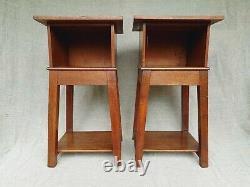Beautiful Solid Oak Arts & Crafts Nightstands Bedside Tables