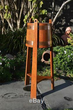 Beautiful oak and copper Arts and Crafts plant stand jardinaire circa. 1910
