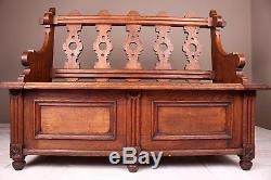English Arts and Crafts Oak Hall Seat, circa 1880