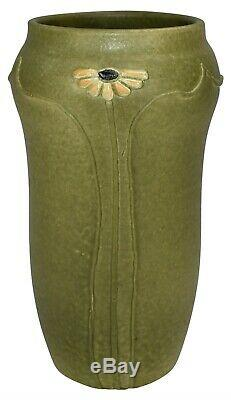 Freiwald Art Pottery Matte Green Arts and Crafts Daisy Vase