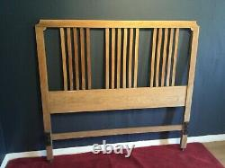Good arts and crafts style standard 4ft 6 light oak bed circa 1910