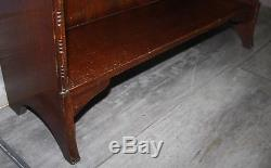 Good small solid oak Arts and Crafts bookcase bookshelves. Will post