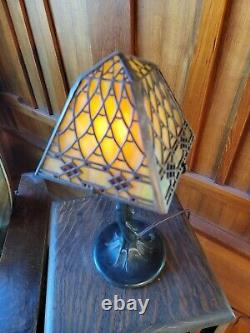 Handel closed top fish scale/diamond boarder desk lamp, mission arts and crafts
