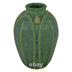 Jemerick Pottery Matte Green Broad Leaves Bud Arts And Crafts Vase