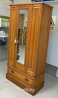 STUNNING Golden Mahogany Antique Victorian Arts and Crafts Single Wardrobe VGC