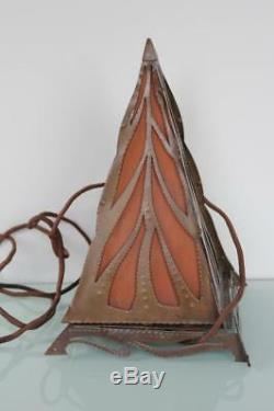 Stunning Arts and Crafts open cut piramide lamp