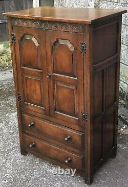 Superb Solid Oak Arts And Craft Tallboy Cabinet/childs Wardrobe Storage Cabinet